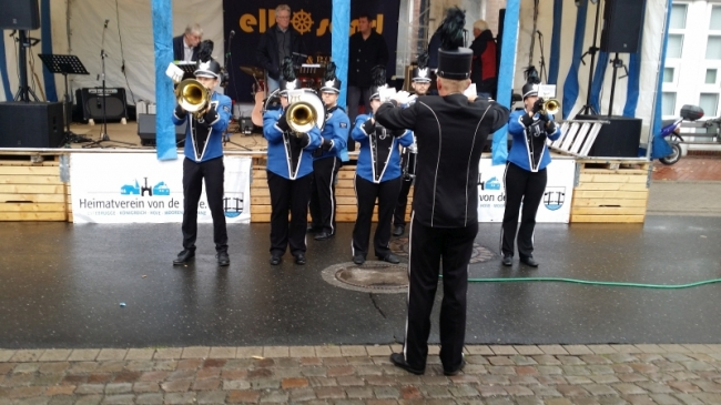 02-Jorker-Showband-in-Aktion